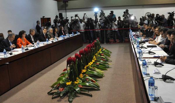 El Palacio de Convenciones acogió la tercera ronda de conversaciones entre las delegaciones de Cuba y Estados Unidos. Foto AIN.