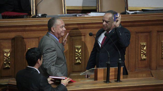 Los diputados Diosdado Cabello, Elvis Amoroso y Tania Díaz integran la junta directiva del Parlamento para el periodo 2015-2016.