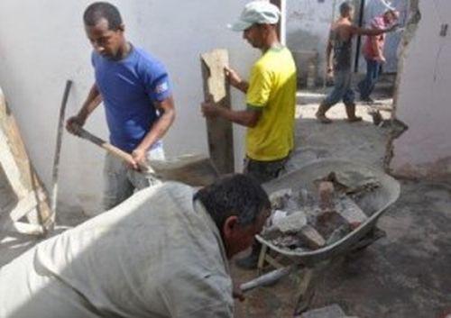 sancti spiritus, constructores espirituanos, la habana, capital cubana, empresa de construccion y montaje