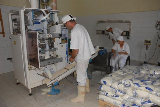 La Empresa de Productos Lácteos Río Zaza recibió la  comprobación a su control interno.