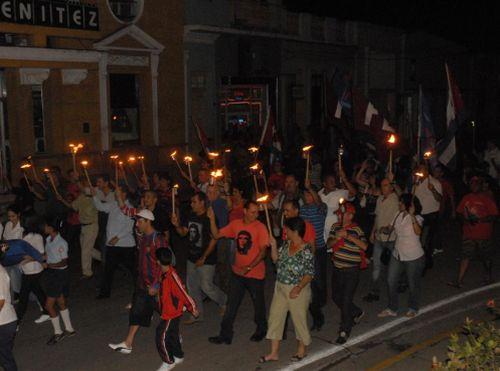 sancti spiritus, homenaje a jose marti, marcha de las antorchas, natalicio del heroe nacional