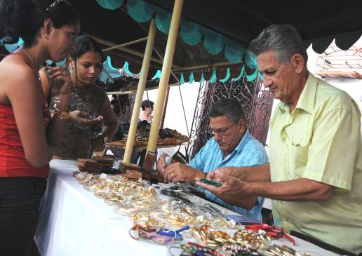 sancti spiritus, trabajo por cuenta propia, economia cubana, onat