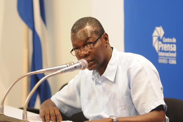 Pedro Luis Pedroso, sub-Director General de Asuntos Multilaterales y Derecho Internacional del Ministerio cubano de Relaciones Exteriores. Foto AIN.