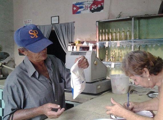 sancti spiritus, leche, pasteurizadora, industria lactea, bolsas de leche