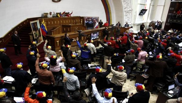 La Ley Habilitante que otorga a Maduro poderes legislativos para defender la soberanía venezolana fue aprobada por la Asamblea Nacional.