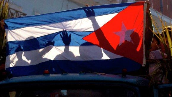 """Kosachov reconoció que siente admiración por """"el sentimiento de dignidad, la preocupación por la soberanía nacional y la confianza en sus propias fuerzas"""" de los cubanos."""