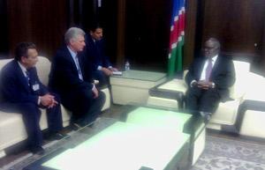 Namibia está haciendo un llamado por el fin del bloqueo, añadió Pohamba.