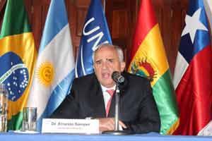La Cumbre de las Améicas sería un excelente escenario para dialogar y rediseñar las relaciones hemisféricas, escribió Samper.