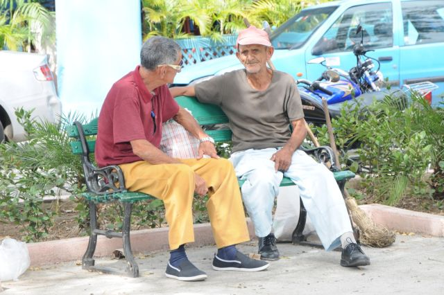 No pocos ancianos denotan la ausencia de proyectos para esta etapa de la vida.