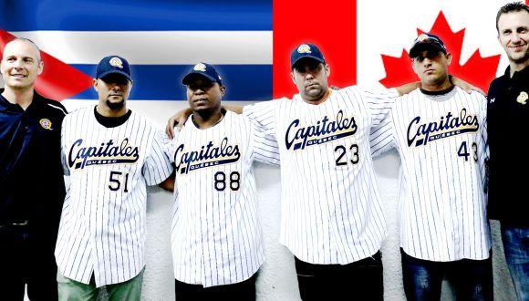 Los cubanos contratados con los directivos del equipo Capitales de Québec. Foto Otmaro Rodríguez.