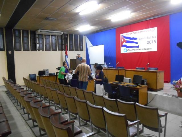 Preparativos del taller (Foto: Escambray).