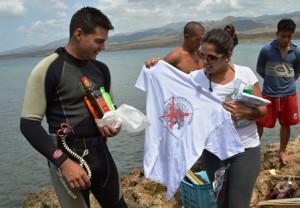 José Luis Ruiz Montes de Oca, de 26 años,  recibió el premio por haber capturado la mayor cantidad de ejemplares (foto: Carlos Luis Sotolongo).