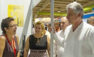 Díaz -Canel visito la XIII Feria Internacional Salud para Todos.
