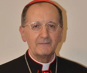 El cardenal Stella realiza una visita a Cuba.