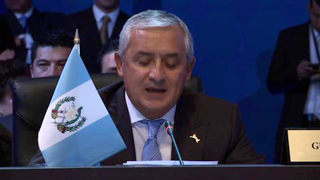 """""""Estamos convencidos que solo mediante el diálogo franco y sincero se pueden solucionar los problemas"""", señaló Pérez Molina."""