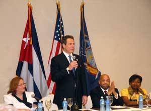 Cuomo participó en la inauguración del Foro Empresarial Nueva York-Cuba.
