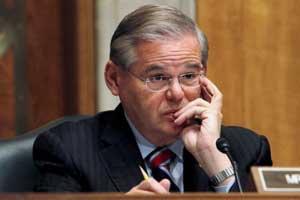 Bob Menéndez enfrenta la primera acusación de sobornos contra un senador en activo en casi un cuarto de siglo.
