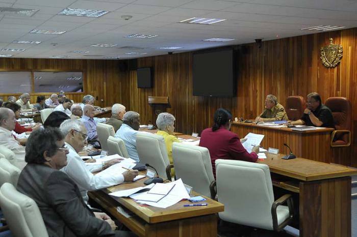 El Consejo de Ministros abordó importantes asuntos del acontecer económico del país.