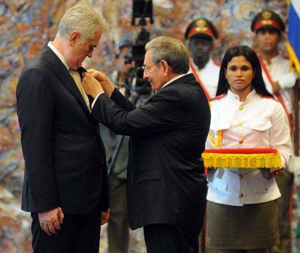cuba, raul castro, serbia, orden jose marti, presidente de serbia, Tomislav Nikolić