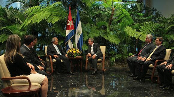 Raúl Castro recibió a Salvador Sánchez Cerén, presidente de El Salvador. Foto: Ismael Francisco
