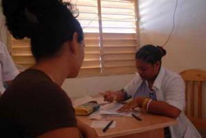 Las instituciones de la salud clasifican entre las más beneficiadas del lomerío. Foto del autor