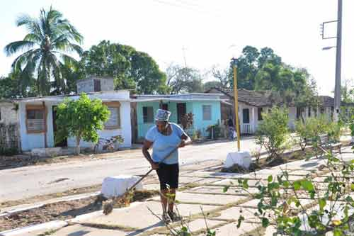 La labor comunitaria es evidente en cualquier área de San Pedro. Foto: Vicente Brito