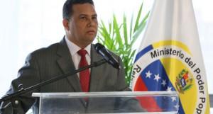 Gustavo González López, ministro de Relaciones Interiores, Justicia y Paz.