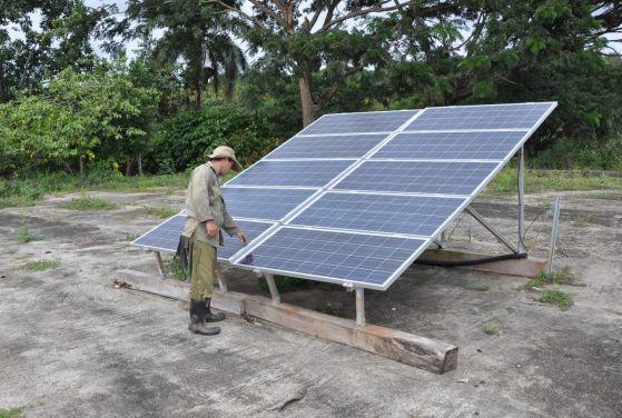 sancti spiritus, paneles solares, electricidad, agricultura