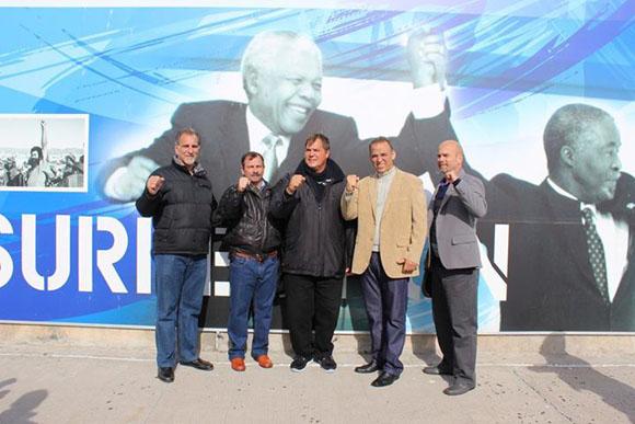 Los Cinco Héroes visitaron Robben Island, donde stuvo encarcelado Nelson Mandela.