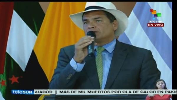 Correa emplazó a la oposición a medirse en las elecciones de 2017, asegurando una arrasadora victoria. | Foto: teleSUR