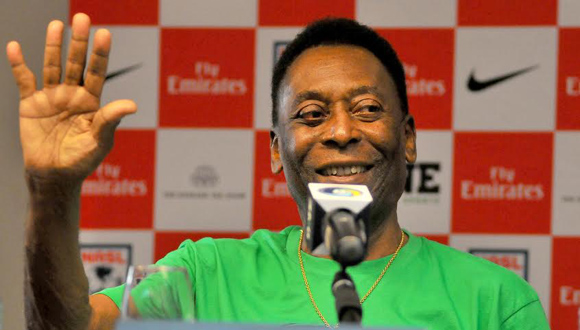 """Pelé: """"El fútbol siempre junta a la gente"""". Foto Ricardo López Hevia."""