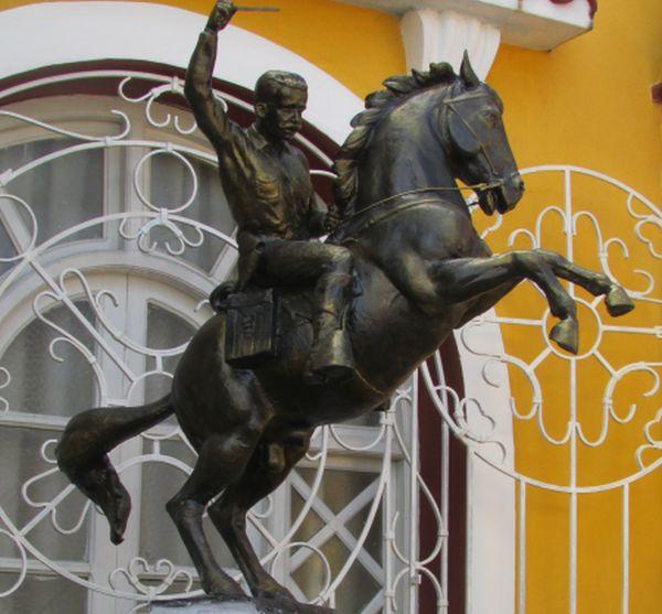 sancti spiritus, cultura, serafin sanchez, estatua ecuestre, patrimonio, monumentos