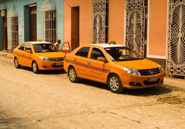 sancti spiritus, taxis, trabajo por cuenta propia, sector no estatal, transporte terrestre