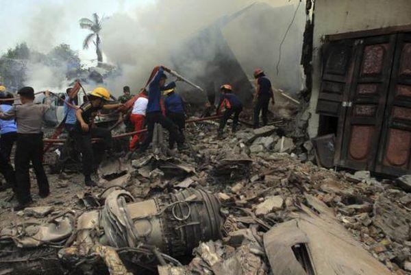 indonesia, accidente aereo