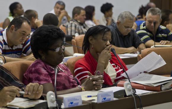 Diputados de la Comisión Agroalimentaria. Foto: Cubadebate.