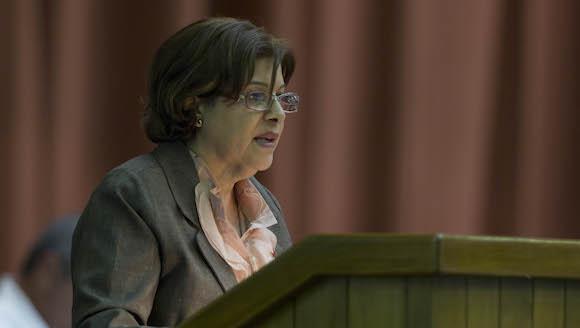 Lina Pedraza, titular del Ministerio de Finanzas y Precios. Foto Cubadebate.