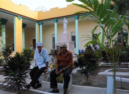 sancti spiritus, asilo de ancianos, salud publica, contrucciones, 26 de julio