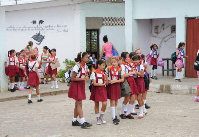 sancti spiritus, educacion cubana, verano, etapa estival, idioma
