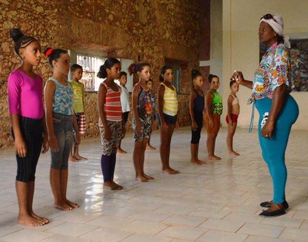 sancti spiritus, trinidad, escuela de danza, danza, enseñanza artistica