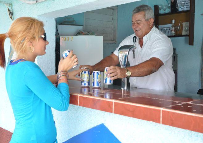 sancti spiritus, onat, oficina nacional de la administracion tributaria, economia cubana