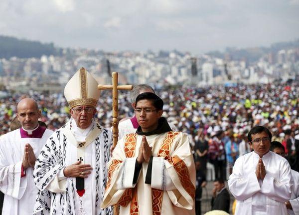 ecuador, quito, papa francisco, santo padre, obispo de roma