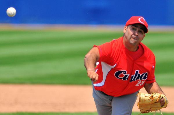 Ismel Jiménez abrió el primer desafío de Cuba contra la selección de Colombia. Foto AIN.