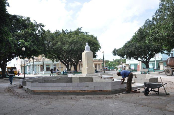 El parque José Martí, de la cabecera municipal, experimenta una importante transformación.