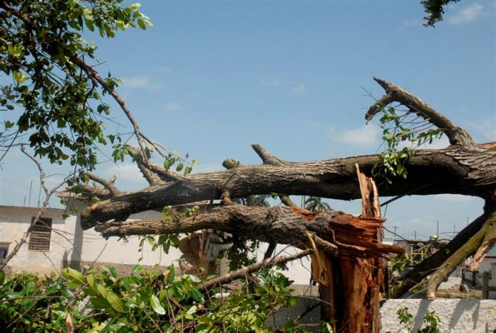 Sancti spiritus, tornado, tormenta local severa, lluvias, comunales, jatibonico, viviendas