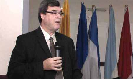 """""""La experiencia de los médicos cubanos en Brasil es un éxito que el pueblo brasileño va a agradecer toda su vida"""", afirmó el representante de la OPS/OMS."""