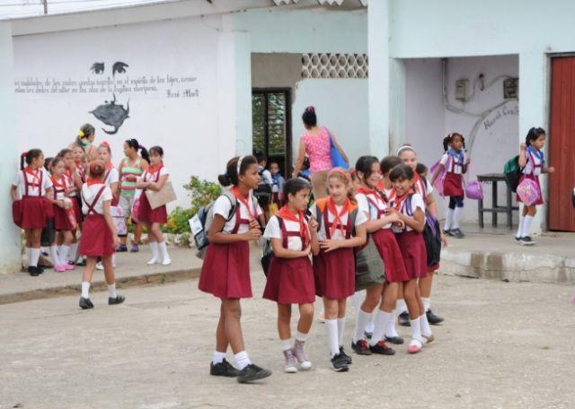 sancti spiritus, educacion, curso escolar