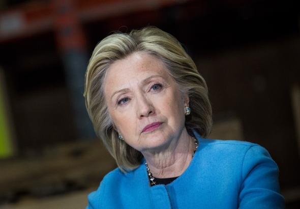Hillary aseguró que tiene un plan para hacer más fácil el acceso a la enseñanza superior y para refinanciar las deudas estudiantiles con menores tasas de interés.