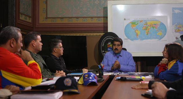 Maduro encabezó una reunión del Puesto de Comando Presidencial para discutir temas de la agenda ejecutiva.