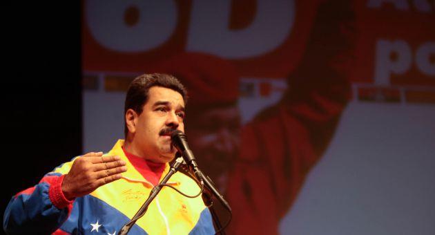 Maduro manifestó que en contraposición a la campaña de caos de la derecha, la del chavismo debe ser de la verdad, del amor, el optimismo, la alegría, del futuro, de la realización permanente de las soluciones populares a los problemas y de la unidad.