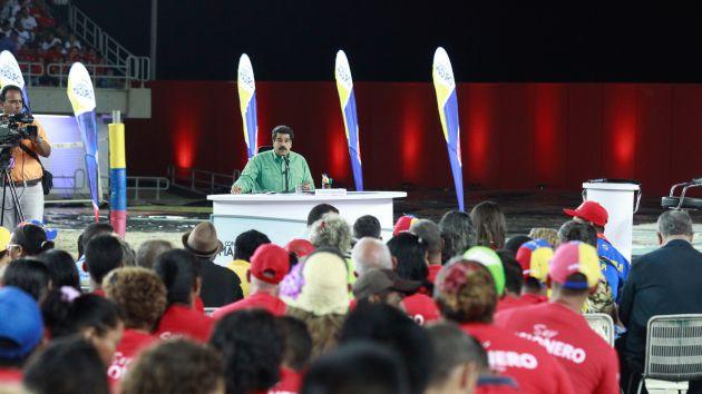 Maduro condenó el apego de los opositores a la violencia. (Foto AVN)